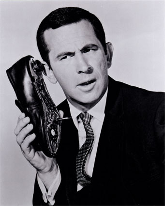 get smart shoe phone